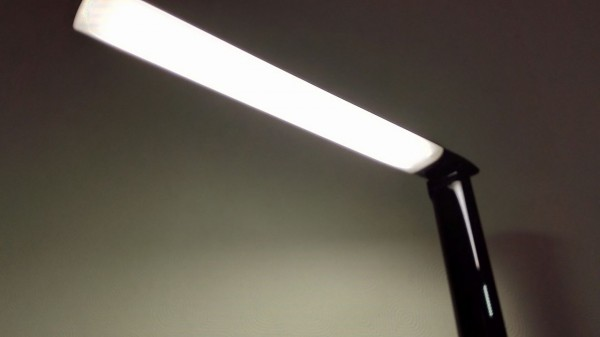 aukey-led-desk-lamp(lLT-T10)031