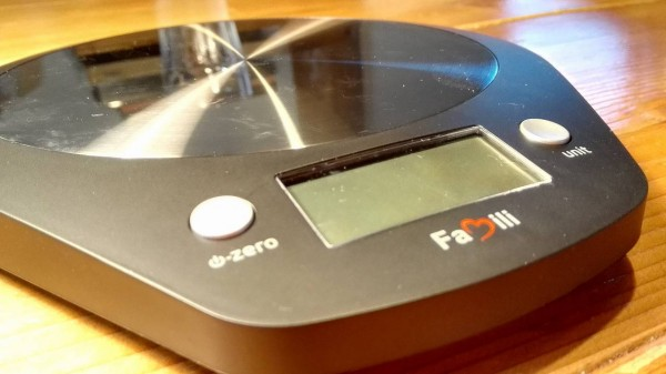 Famili-cooking-scale-black009