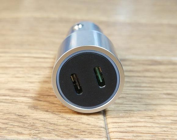 【USBカーシガーチャージャー】33WのデュアルType-C充電器!(dodocool)
