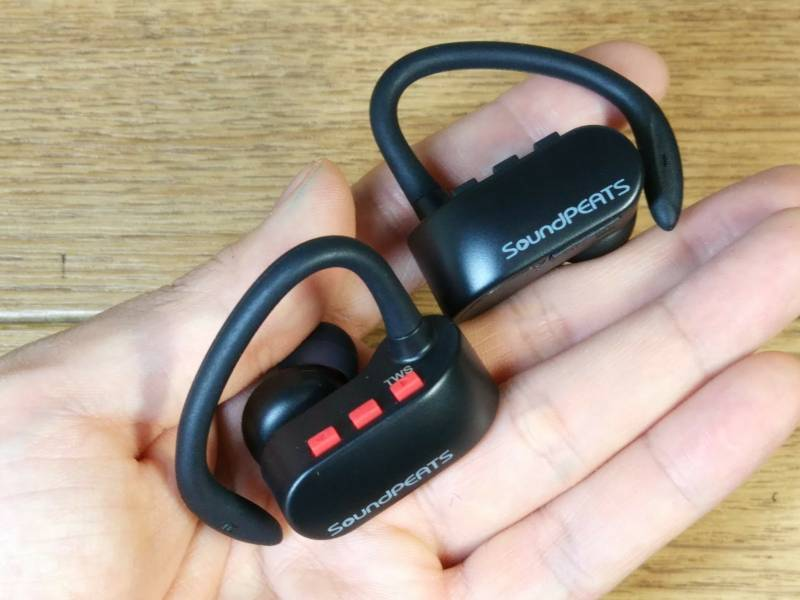 【両耳無線イヤホン】AirPodsの様に両耳完全無線タイプのBluetoothイヤホンがめっちゃ便利!(SoundPEATS)