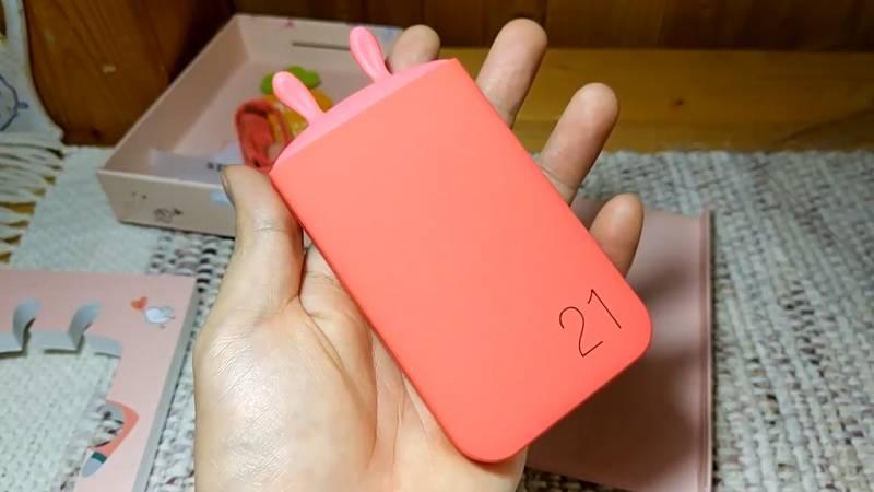 【モバイルバッテリー】かわいいうさぎのバッテリーって、すごい人気になりそう。