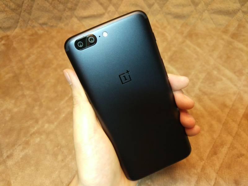 【スマートフォン・OnePlus 5】iPhoneよりもGalaxyよりも高画質!? 最強のカメラ搭載フラッグシップスマホ!(開封編)