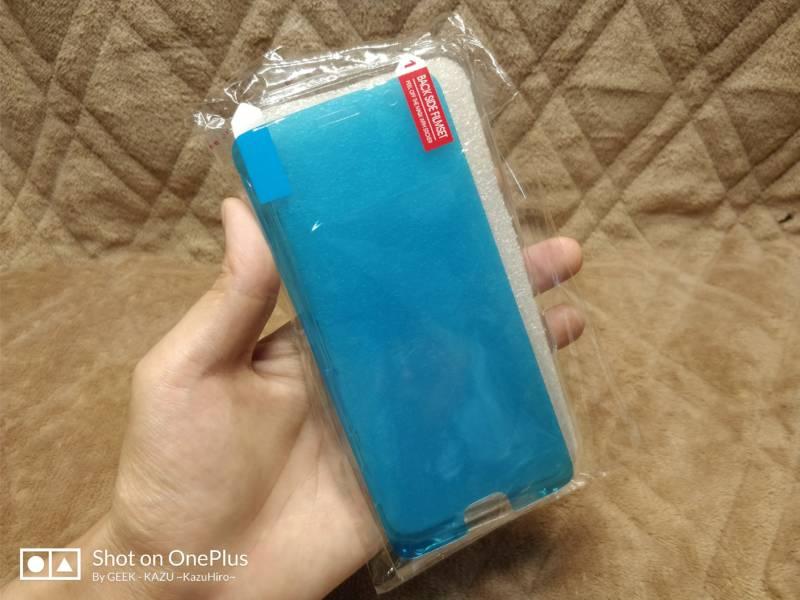 【OnePlus 5・スマホケース】116円の激安TPUケースがう~ん・・・。