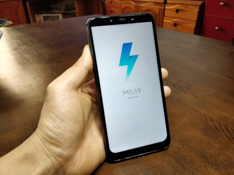 Xiaomi Pocophone F1 Antutuベンチマーク結果と設定